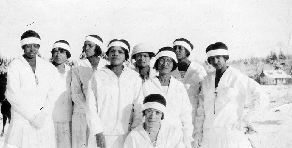 Sisters at Alec Turner's Funeral, December 23, 1923