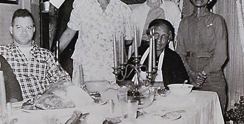 Bob Turner, Zebbe, Godfrey Hall's Wife, Edna, Rachel Turner Blossom, Daisy, seated